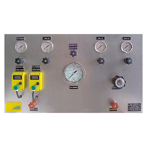 Air/nitrox fill panel with regulator and gas analyzers